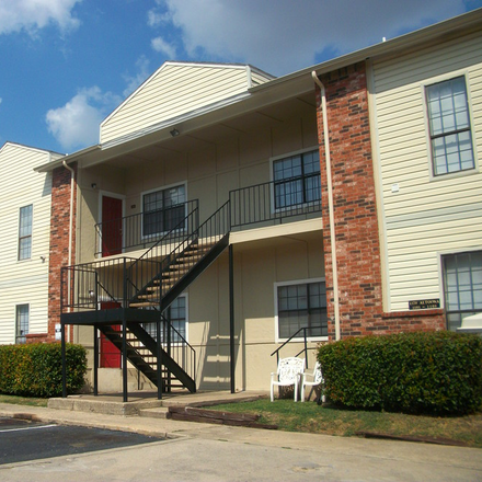 Rent this 1 bed apartment on Community First Baptist Church in South Westmoreland Road, Dallas