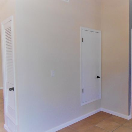 Rent this 3 bed house on 1415 Plaza Seca in Sierra Vista, AZ 85635