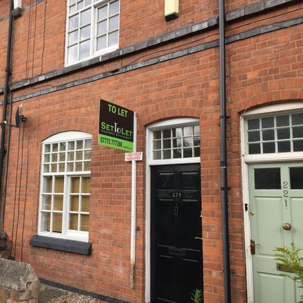 Rent this 4 bed house on Boundary Road in Leicester LE2 7PE, United Kingdom