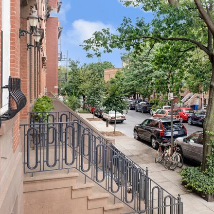 Rent this 2 bed apartment on 122 President Street in New York, NY 11231