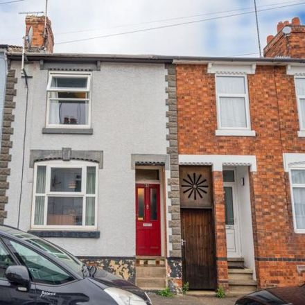 Rent this 2 bed house on 28 Carlton Street in Kettering, NN16 8EB