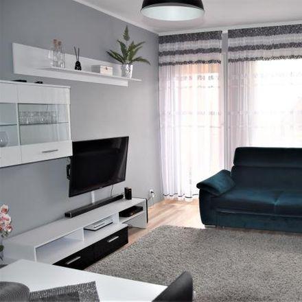 Rent this 3 bed apartment on Szarych Szeregów 20 in 82-300 Elbląg, Poland