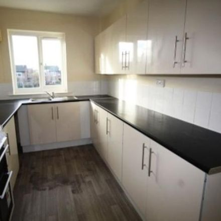 Rent this 3 bed apartment on The Briars in 71 Brambleside, Kettering NN16 9BP