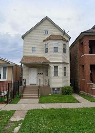 Rent this 5 bed duplex on 8509 South Exchange Avenue in Chicago, IL 60617