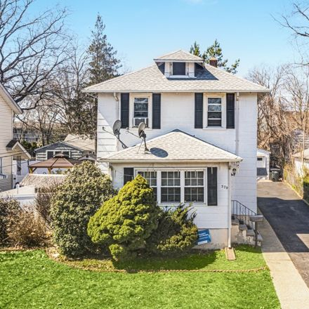 Rent this 3 bed house on 570 Grant Terrace in Teaneck Township, NJ 07666
