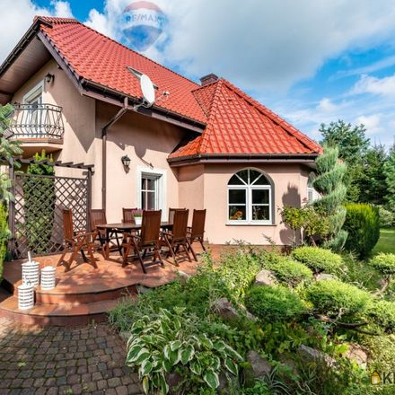 Rent this 5 bed house on HOMEPARK Franowo in Homepark Franowo, Szwedzka 10a