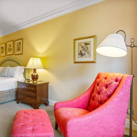 Rent this 2 bed apartment on Broadwalk House in Kensington Road, London SW7 5EE