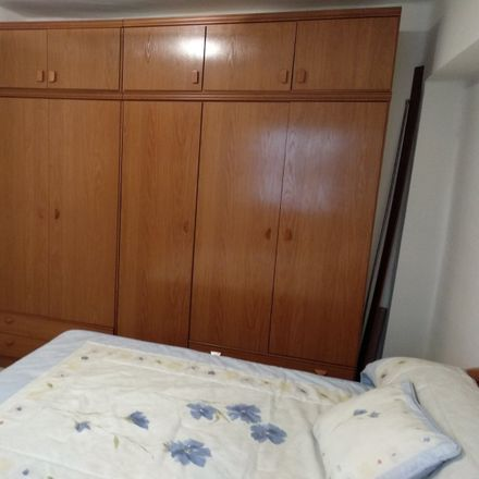 Rent this 2 bed room on Calle Don Lope de Sosa in 14004 Cordova, Spain