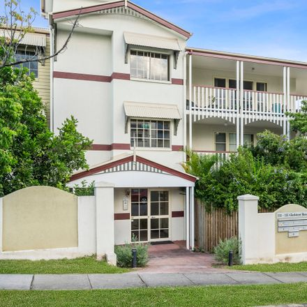 Rent this 3 bed apartment on 2/135 Gladstone Road