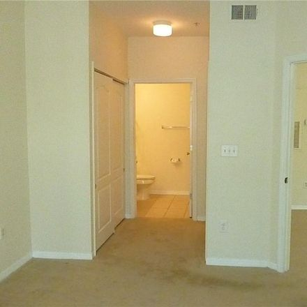 Rent this 1 bed condo on 4118 Central Sarasota Parkway in Vamo, FL 34238