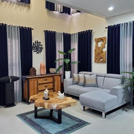 Rent this 5 bed house on Greenwoods Avenue in Pasig, 1602