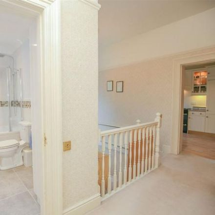 Rent this 3 bed apartment on 18 The Avenue in Bristol BS9 1PA, United Kingdom