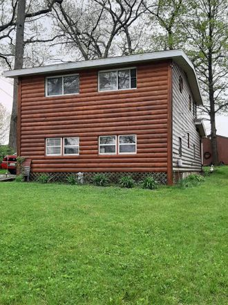Rent this 3 bed house on S Shore Dr in Edwardsburg, MI