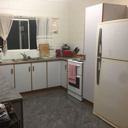 Rent this 3 bed house on 2 Parson Street