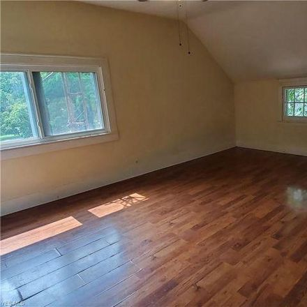 Rent this 2 bed house on 134 Cross Street in Lisbon, OH 44432