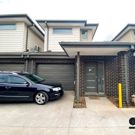 Rent this 2 bed house on 2/45 Hatchlands Drive