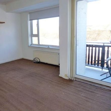 Rent this 2 bed apartment on Drummond Hill in East Kilbride G74 3AA, United Kingdom