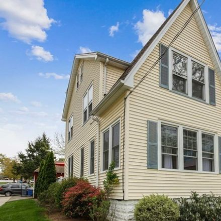 Rent this 5 bed apartment on Park Avenue in Midland Park, NJ 07432