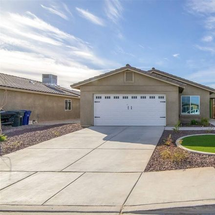 Rent this 3 bed house on E 37th St in Yuma, AZ