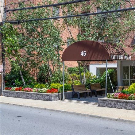 Rent this 3 bed condo on 45 East Hartsdale Avenue in Town of Greenburgh, NY 10530
