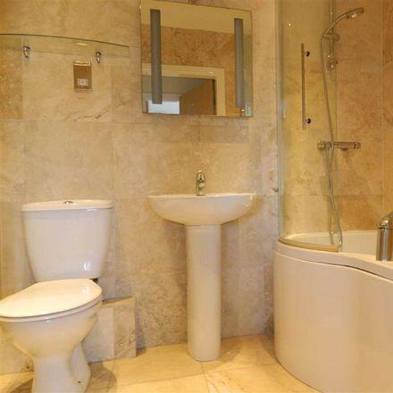 Rent this 2 bed apartment on Thirsk Leisure Centre Car Park in Chapel Street, Hambleton YO7 1LJ