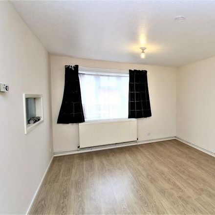 Rent this 2 bed apartment on Britten Close in Crawley RH11 8XQ, United Kingdom