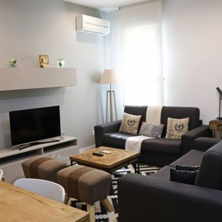 Rent this 4 bed apartment on House of Hoops in Calle Preciados, 6