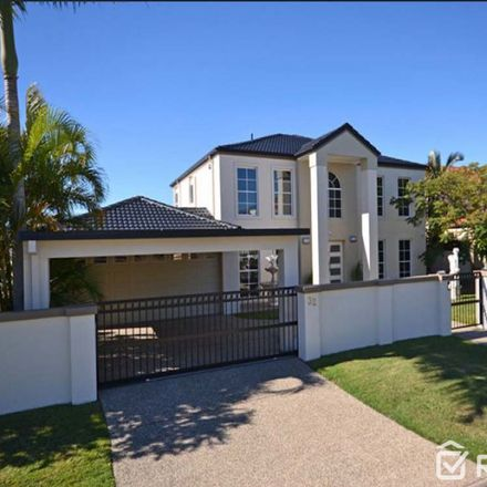 Rent this 5 bed house on 32 Sir Bruce Small Boulevard