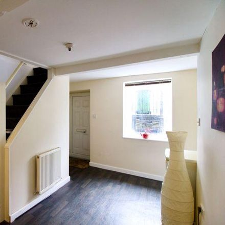 Rent this 1 bed house on 37 Wakefield Road in Kirklees HD5 0AN, United Kingdom