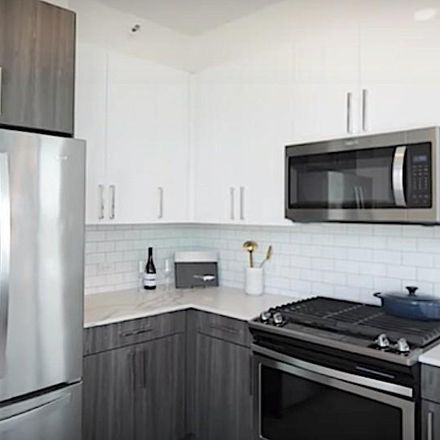 Rent this 3 bed apartment on 808 South Michigan Avenue in Chicago, IL 60605