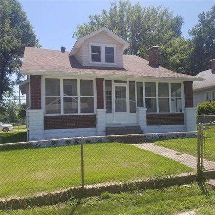 Rent this 2 bed house on 2639 Hillcrest Avenue in Alton, IL 62002