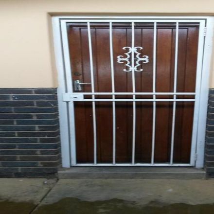 Rent this 2 bed apartment on Wessels Street in De Clercqville, Klerksdorp