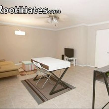 Rent this 2 bed apartment on 2141 Fountain View Drive in Houston, TX 77057