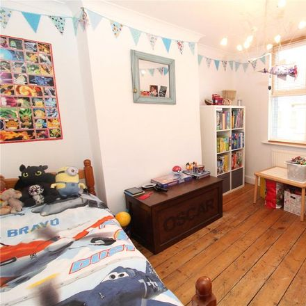 Rent this 3 bed house on Prince of Wales in Union Street, Swindon SN1 3LD