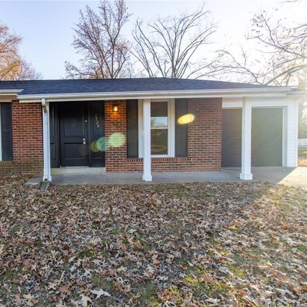 Rent this 3 bed house on Freemantle Dr in Florissant, MO