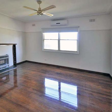 Rent this 3 bed house on 41 Princess Street