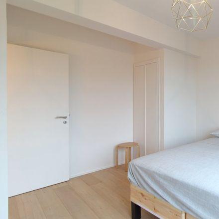 Rent this 1 bed apartment on Rue Verheyleweghen - Verheyleweghenstraat 41 in 1200 Woluwe-Saint-Lambert - Sint-Lambrechts-Woluwe, Belgium