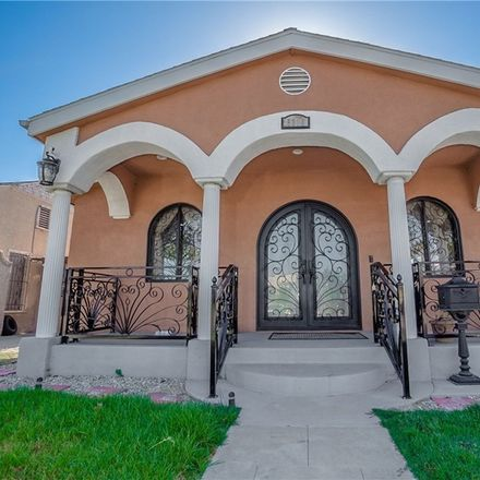 Rent this 3 bed house on 5310 S St Andrews Pl in Los Angeles, CA
