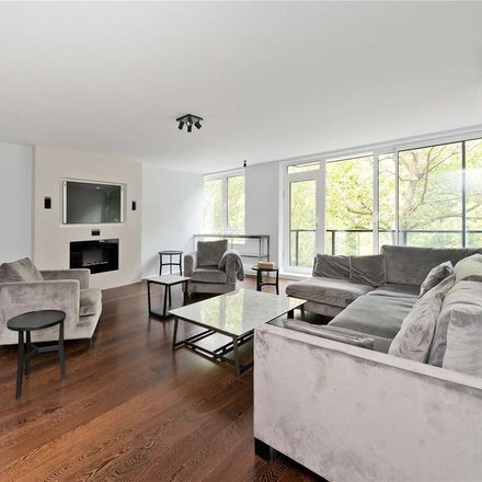 Rent this 3 bed apartment on Broadwalk House in 51 Hyde Park Gate, London SW7 5DP