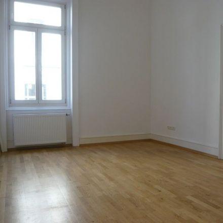 Rent this 3 bed apartment on Hochschul- und Landesbibliothek Wiesbaden in Rheinstraße 55-57, 65185 Wiesbaden