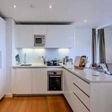 Rent this 2 bed apartment on The Pavilion in Howards Way, London W2 1AZ