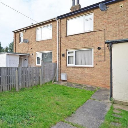 Rent this 3 bed house on Zeera Spice in Lindsey Avenue, York YO26 4RS