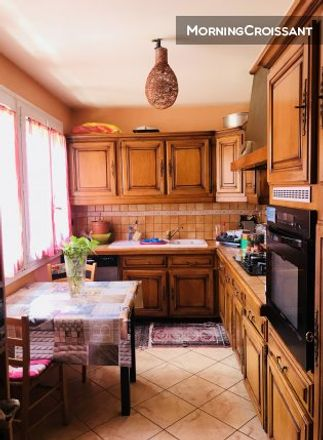 Rent this 1 bed room on 19 Route de Monthéty in 77680 Roissy-en-Brie, France
