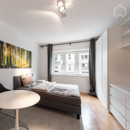 Rent this 1 bed apartment on Grindelallee 42 in 20146 Hamburg, Germany
