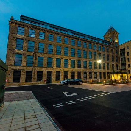 Rent this 3 bed apartment on Cornmill View in Leeds LS18, United Kingdom