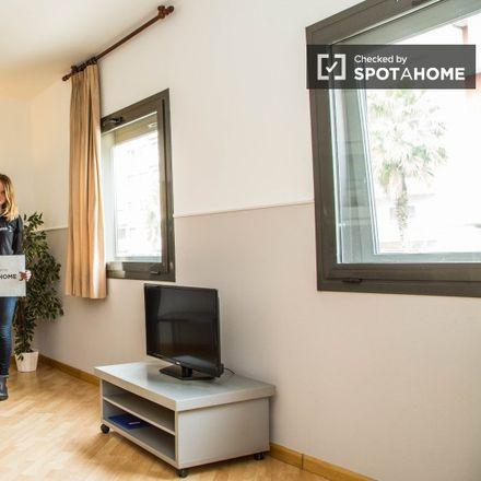 Rent this 1 bed apartment on Carrer de Vallirana in 64, 08006 Barcelona