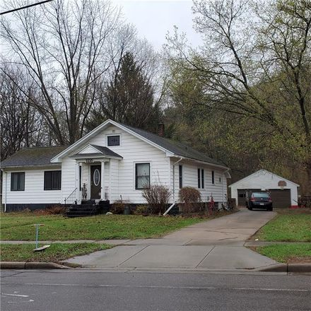 Rent this 3 bed house on 1215 Vine Street in Eau Claire, WI 54703
