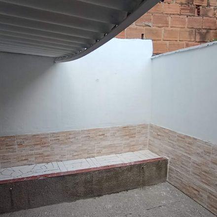 Rent this 3 bed apartment on Amaneceres in Carrera 80, Comuna 11 - Laureles-Estadio