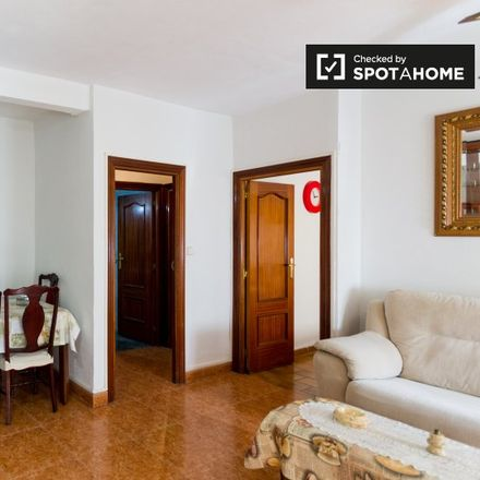 Rent this 2 bed apartment on Calle Villaverde in 28901 Getafe, Spain