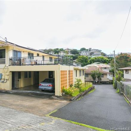 Rent this 3 bed townhouse on Honolulu in HI, US